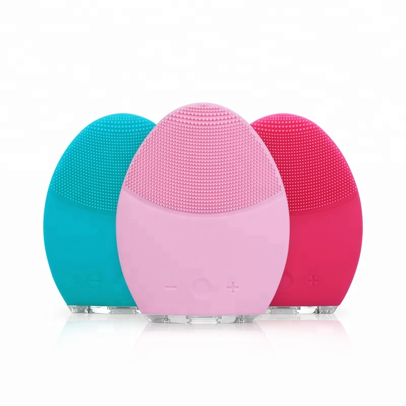 silicone facial cleaning brush